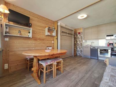 Holiday in mountain resort Divisible studio 4 people (ST4) - La Résidence le Serro Torre - La Plagne - Table