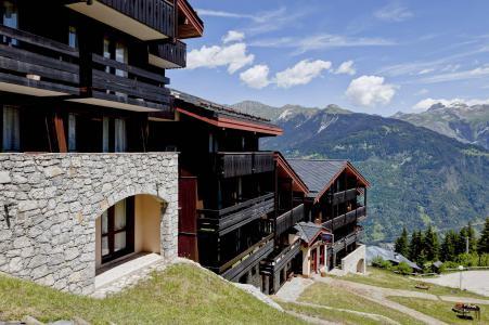 Location au ski La Residence Les Brigues - Courchevel - Extérieur été