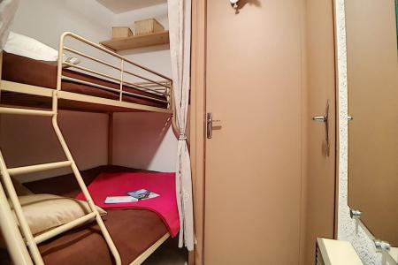 Holiday in mountain resort Studio sleeping corner 4 people (03) - La Résidence les Gentianes - Les Menuires
