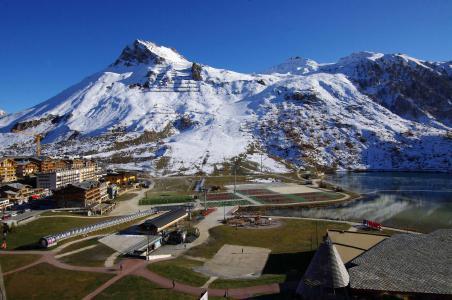 Rent in ski resort La Résidence les Hauts Lieux - Tignes - Summer outside