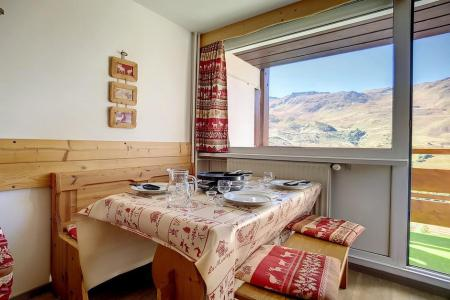Holiday in mountain resort 2 room duplex apartment 5 people (E18) - La Résidence les Lauzes - Les Menuires - Dining area