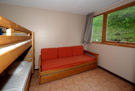 Holiday in mountain resort 2 room duplex apartment 6 people (C8) - La Résidence les Lauzes - Les Menuires