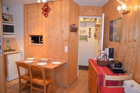 Vacances en montagne Appartement 2 pièces 4 personnes (413) - La Résidence Médian - Les Menuires - Logement