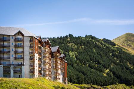 Rent in ski resort La Résidence Royal Peyragudes - Peyragudes - Summer outside