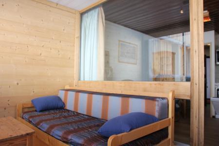 Holiday in mountain resort Studio sleeping corner 4 people (Z8) - La Résidence Sérac - Val Thorens