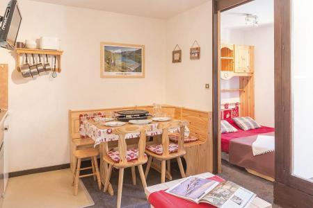 Urlaub in den Bergen 2-Zimmer-Berghütte für 5 Personen (1111) - La Résidence Ski Soleil - Les Menuires - Tisch