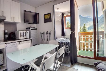 Holiday in mountain resort 2 room apartment sleeping corner 4 people (2408) - La Résidence Ski Soleil - Les Menuires