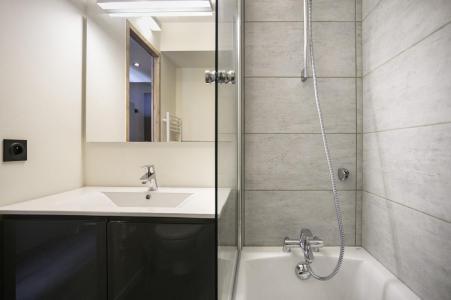 Holiday in mountain resort Studio sleeping corner 5 people (0734) - La Résidence Varet - Les Arcs - Bath-tub