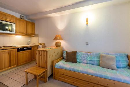 Holiday in mountain resort 1 room apartment 4 people (CHARDON) - Le Chalet Chardon Bleu - Méribel-Mottaret