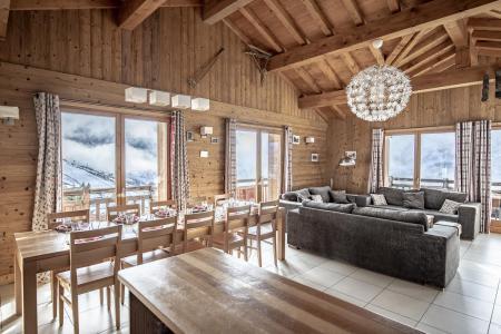 Urlaub in den Bergen Le Chalet Lili - Les Menuires - Tisch