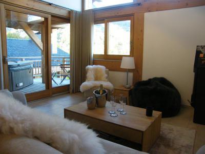 Holiday in mountain resort 4 room triplex chalet 6 people (Aigle) - Le Hameau de Caseblanche - Saint Martin de Belleville - Living room