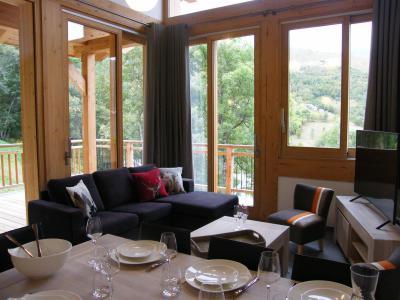 Holiday in mountain resort 4 room triplex chalet 6 people (Coron) - Le Hameau de Caseblanche - Saint Martin de Belleville - Living room