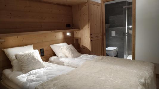 Holiday in mountain resort 4 room triplex chalet 6 people (Selini) - Le Hameau de Caseblanche - Saint Martin de Belleville - Bedroom