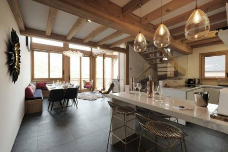 Holiday in mountain resort 6 room triplex chalet 12 people (Ibis Viperae) - Le Hameau de Caseblanche - Saint Martin de Belleville - Dining area