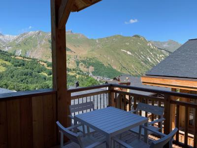 Rent in ski resort 4 room triplex chalet 6 people (Retreat) - Le Hameau de Caseblanche - Saint Martin de Belleville - Summer outside
