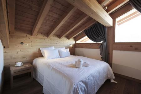 Holiday in mountain resort 7 room duplex chalet 12 people (Bouc Blanc) - Le Hameau de Caseblanche - Saint Martin de Belleville - Mezzanine double bed