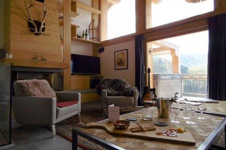Holiday in mountain resort 8 room triplex chalet 14 people (Cerf d'Or) - Le Hameau de Caseblanche - Saint Martin de Belleville - Living room