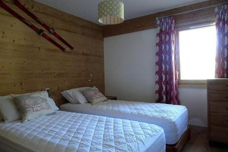 Holiday in mountain resort 8 room triplex chalet 14 people (Cerf d'Or) - Le Hameau de Caseblanche - Saint Martin de Belleville - Single bed