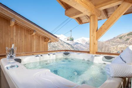 Holiday in mountain resort 8 room quadriplex chalet 14 people (Chanterella) - Le Hameau de Caseblanche - Saint Martin de Belleville - Jacuzzi
