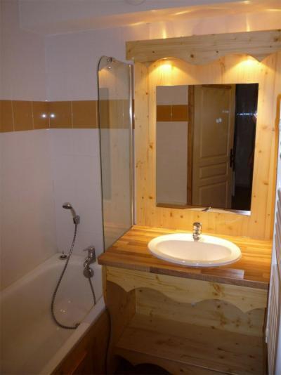 Vacances en montagne Le Hameau des Eaux d'Orelle - Orelle - Salle de bains