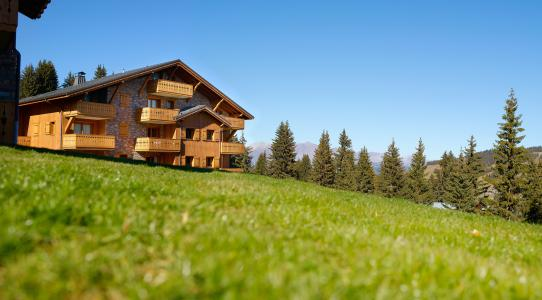Rent in ski resort Le Hameau du Beaufortain - Les Saisies - Summer outside