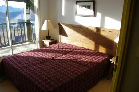 Holiday in mountain resort Les Adrets de Peyragudes - Peyragudes - Bedroom