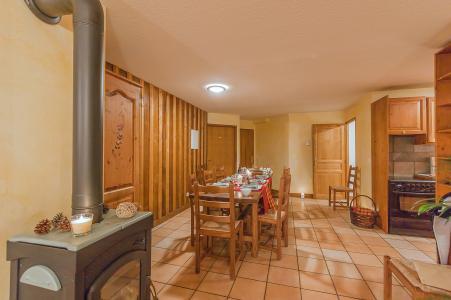 Holiday in mountain resort Les Balcons de Belle Plagne - La Plagne - Stove