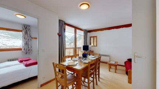 Holiday in mountain resort 2 room apartment sleeping corner 6 people (2P6CM+) - Les Balcons de la Vanoise - Termignon-la-Vanoise - Living room