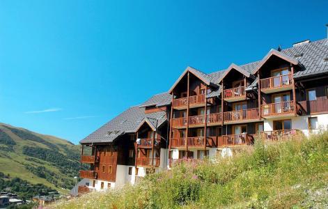 Vacances en montagne Les Balcons du Soleil - Saint-François Longchamp - Extérieur été