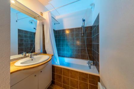 Vacances en montagne Les Chalets de Bois Méan - Les Orres - Salle de bains