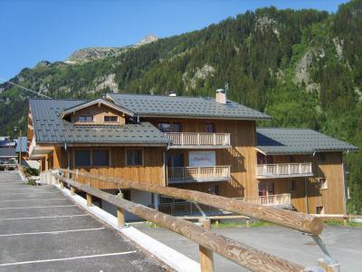 Rent in ski resort Les Chalets de Florence - Valfréjus - Summer outside