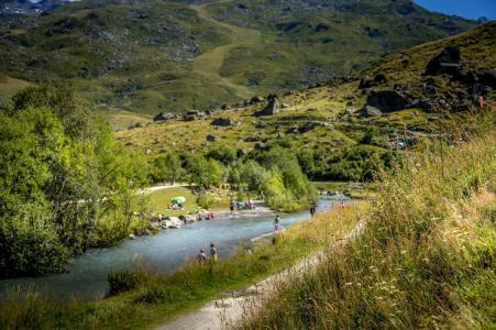 Vacances en montagne Les Chalets de l'Adonis - Les Menuires