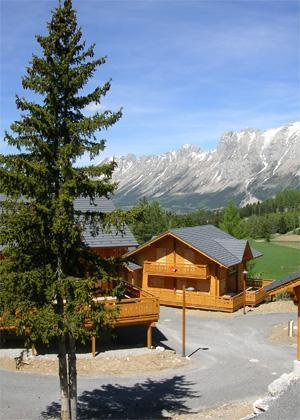 Location au ski Les Chalets De L'eden - La Joue du Loup - Extérieur été