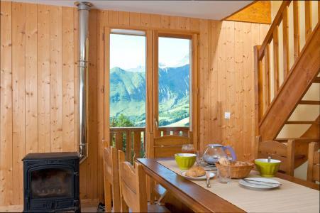 Vacances en montagne Les Chalets de la Fontaine - Saint Jean d'Arves - Poêle à bois
