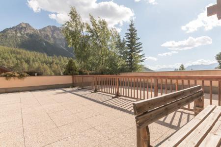 Holiday in mountain resort 2 room apartment cabin 4 people (VIAS02) - Les Chalets de la Source - Montgenèvre - Summer outside
