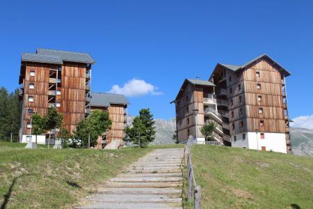 Rent in ski resort Les Chalets de SuperD Ancolie - Superdévoluy - Summer outside
