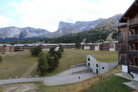 Аренда на лыжном курорте Апартаменты 2 комнат 6 чел. (BL32) - Les Chalets de SuperD Bleuet - Superdévoluy - летом под открытым небом