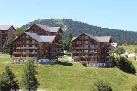 Rent in ski resort Les Chalets de SuperD Gentiane - Superdévoluy - Summer outside