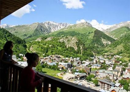 Location au ski Les Chalets De Valoria - Valloire - Extérieur été