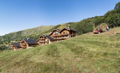 Location au ski Les Chalets du Gypse - Saint Martin de Belleville - Extérieur été