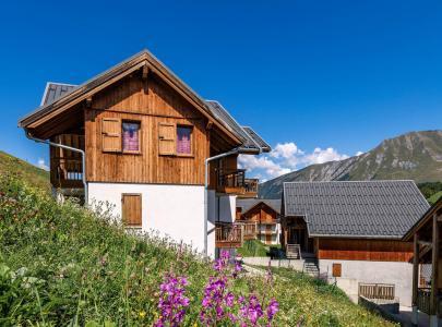Location Albiez Montrond : Les Chalets du Hameau des Aiguilles été