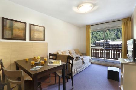 Holiday in mountain resort Les Chalets du Verdon - Val d'Allos - Living room