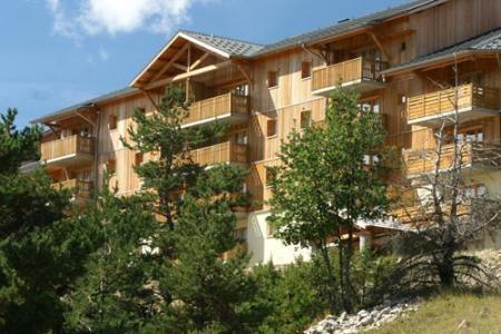 Location au ski Les Chalets Superd - Superdévoluy - Extérieur été