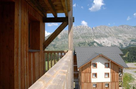 Les Chalets Superd summer outside