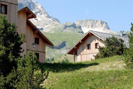 Rent in ski resort Les Chalets Superd - Superdévoluy - Summer outside