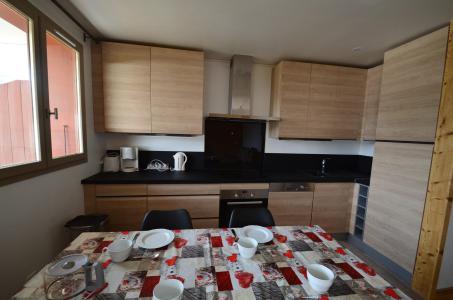 Vacances en montagne Appartement 3 pièces 4-6 personnes (303) - Les Côtes d'Or Chalet Argentière - Les Menuires - Cuisine