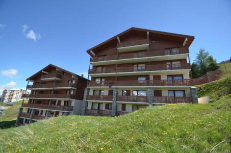 Location au ski Les Côtes d'Or Chalet Bossons - Les Menuires - Extérieur été