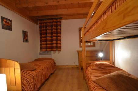 Vacances en montagne Appartement duplex 4 pièces 8-10 personnes (342) - Les Côtes d'Or Chalet Courmayeur - Les Menuires