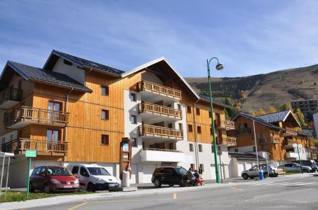 Location au ski Residence Au Coeur Des Ours - Les 2 Alpes - Extérieur été