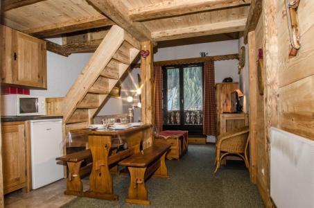 Vacances en montagne Studio mezzanine 4 personnes (La Poya) - Résidence Bâtiment B - Chamonix - Logement